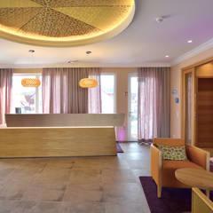 Foyer Hotel:  Hotels von Innenarchitekturbüro Antje Bertuleit