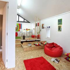 Dormitorios de estilo  por Rusticasa