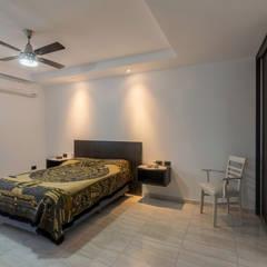 Casa CC - RESIDENCIA DE FIN DE SEMANA: Dormitorios de estilo  por D'ODORICO OFICINA DE ARQUITECTURA