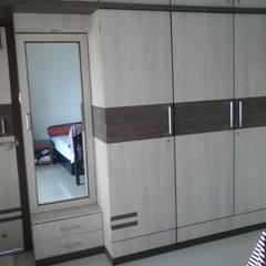 غرفة نوم تنفيذ URBAN HOSPEX INTERIORS