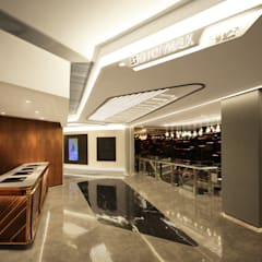 Golden Harvest Citywalk:  Shopping Centres by Artta Concept Studio, Modern