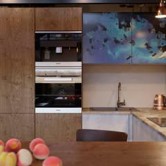 Кухня : Встроенные кухни в . Автор – Ёрумдизайн
