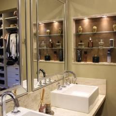 ห้องน้ำ by Arquiteta Bianca Monteiro