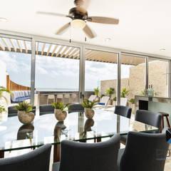 """""""PROYECTO CB36"""": Comedores de estilo  por PORTO Arquitectura + Diseño de Interiores"""