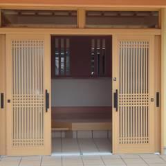 Tür von マルモコハウス