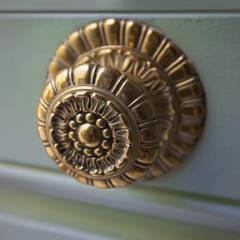 أبواب رئيسية تنفيذ Isa de Luca