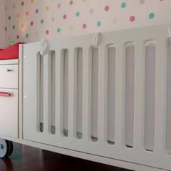 Vivienda en la Ciudad de las Artes y las Ciencias: Dormitorios infantiles de estilo  de Isho Design
