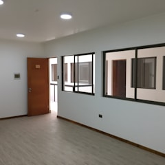 Edificio de Oficinas en La Serena, Chile: Edificios de Oficinas de estilo  por Área Urbana Arquitectos SpA