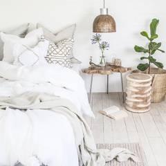 RIPPLE STOOL:  Bedroom by Atelier Lane | Interior Design
