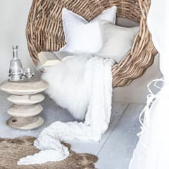 STACKS STOOL:  Living room by Atelier Lane | Interior Design