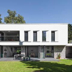 Haus P:  Villa von Sieckmann Walther Architekten