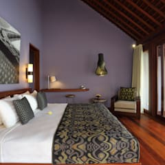 Temuku Ubud: Hotels oleh WaB - Wimba anenggata architects Bali, Eklektik Kayu Wood effect