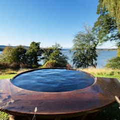 Hudson Valley Spa:  Pool by andretchelistcheffarchitects