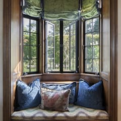 Wooden windows by andretchelistcheffarchitects, Eclectic