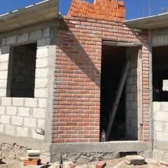 Huizen door LUBAAL construcción y arquitectura
