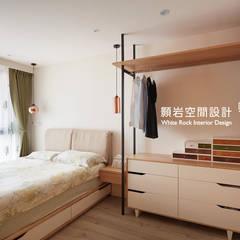 اتاق خواب توسط顥岩空間設計, مینیمالیستیک