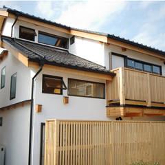 岩槻の家: 一級建築士事務所 匠拓が手掛けた一戸建て住宅です。