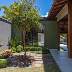 Paisagismo residencial: Jardins  por Le Jardin Arquitectura Paisagística