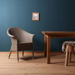 Blue Wall. Lloyd-Loom Stuhl Victor:  Esszimmer von Blue Wall Design GmbH