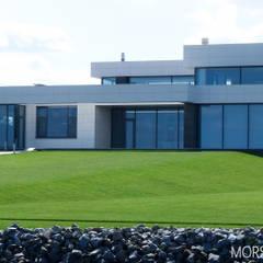 Жилой дом 780 м²: Вилла в . Автор – Morskoy Architect, Модерн Бетон