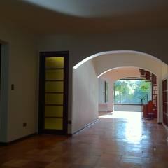 Tường by ARCOP Arquitectura & Construcción