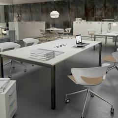 Cappalight: Studio in stile in stile Moderno di Arredoufficio srl
