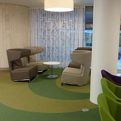 Loungeruimte:  Ziekenhuizen door Jan Detz Interieurarchitect