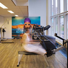 BeweegpuntFysio in Gouda:  Fitnessruimte door Jan Detz Interieurarchitect,