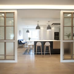 Kitchen by Sube Susaeta Interiorismo