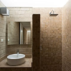 Phòng tắm by Monolito