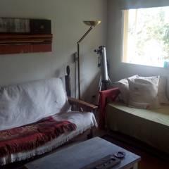 restauración de interiores de vivienda: Livings de estilo  por 253 ARQUITECTURA