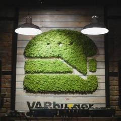 Green logo - Varburger bar, Dniproperivsk, Ukraine : modern Conservatory by Moss Trend