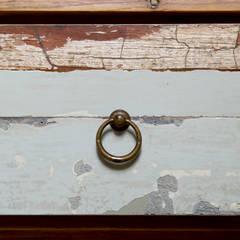 Bagni per casale in Val d'Orcia collaborazione arch. Settimio Belelli: Bagno in stile  di Laquercia21
