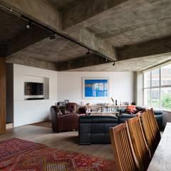 Haus2 in London:  Wohnzimmer von Wars-Stol