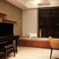 Study/office by 見和空間設計,
