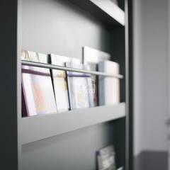 [마이너스옵션 인테리어] 라이프스타일에 맞춘 특별한 구조, 롯데캐슬 골드파크 35평_이사후: 홍예디자인의  실내 문