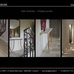 Hall d'entrée: Couloir et hall d'entrée de style  par Architecture interieure Laure Toury
