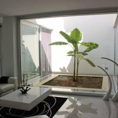 Conservatory by Architetto Valentina Longo