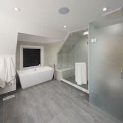 Montrose Ave Project:  Bathroom by Contempo Studio,