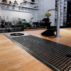 FUKUROU Cafe:  辦公室&店面 by 見和空間設計