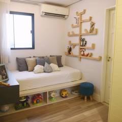 Babykamer door Lorena Porto - Arquitetura e Interiores