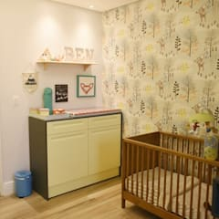 Recámaras para bebés de estilo  por Lorena Porto - Arquitetura e Interiores