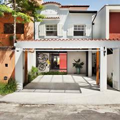 Fachada: Vilas  por ODVO Arquitetura e Urbanismo
