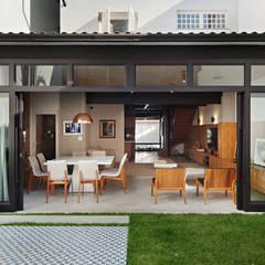 Halaman depan by ODVO Arquitetura e Urbanismo