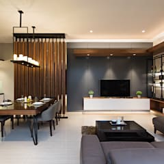 Living Room & Dining Room:  Ruang Keluarga by INERRE Interior