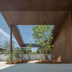 HINO2: 武藤圭太郎建築設計事務所が手掛けたガレージです。