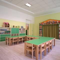 Escuelas de estilo  por Soloparquet Srl