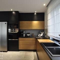 Kitchen by MARTA PAWLAK  ARCHITEKTURA  WNĘTRZ