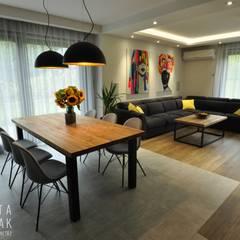 Dom Jednorodzinny Wisła - Realizacja: styl , w kategorii Jadalnia zaprojektowany przez MARTA PAWLAK  ARCHITEKTURA  WNĘTRZ