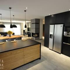Cocinas de estilo  por MARTA PAWLAK  ARCHITEKTURA  WNĘTRZ,